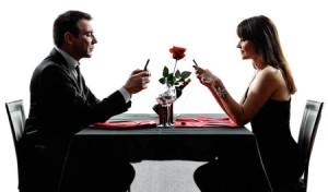 dinner-texting